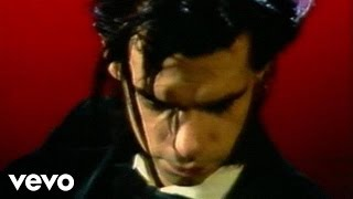 Watch Nick Cave & The Bad Seeds The Singer video