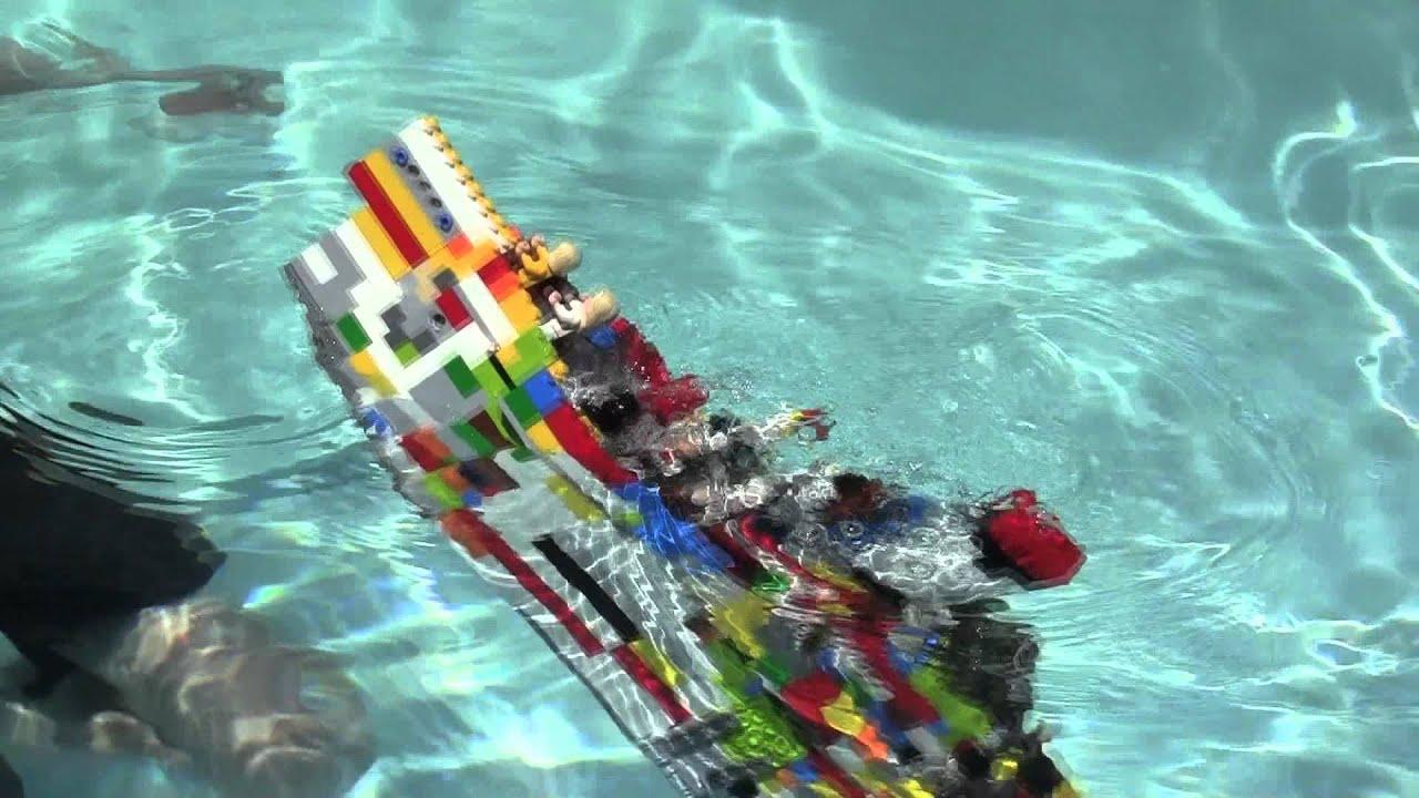 Lego Titanic Sinks - YouTube