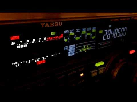 Ham Radio DX QSO CT1ILT Yaesu FT-950 10 Meters SSB