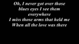 Watch Johnny Cash I Still Miss Someone video