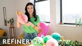 How To DIY Unconventional Festive Holiday Decor | Hauliday VR | Refinery29