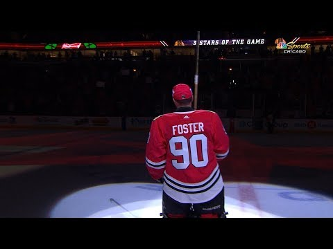 Emergency goalie steals the show in Chicago