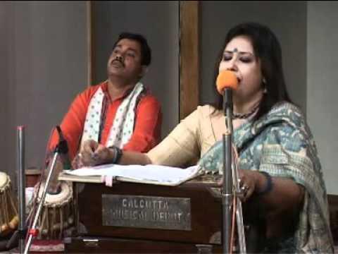 Dhana Dhanya Pushpe Bhora.mpg