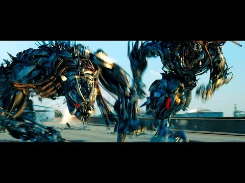 Transformers : Dark of the Moon Fight Scene Highway Chase (1080HD VF)