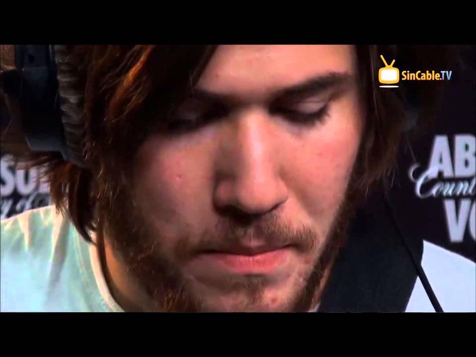 Luis Jimenez - Los Mesoneros - Sol Rojo - FT 03 - YouTube