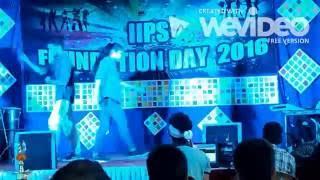 Ankit & Namrata dance on Kala chasma + Bollywood mix at IIPS, Mumbai