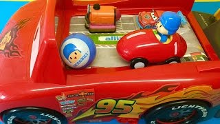 Driving McQueen and Pocoyo