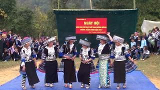 UA LOM ZEM ZOO SAIB KAWG NKAUG - Nkauj hmoob xyoo 2017 - Tết dân tộc Hmong năm 2017- Noj peb caug