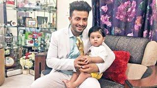পুরস্কার হাতে পেয়ে একি করল শাকিবের ছেলে আব্রাহাম ??? Shakib Khan Latest News