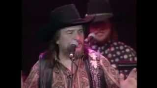 download lagu Dukes Of Hazzard-theme Song Performed Live- Waylon Jennings gratis