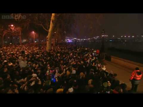 London Fireworks on New Years Day 2009 - New Year Live - BBC One