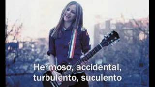 Avril Lavigne - Anything But Ordinary - Español