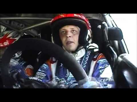 2011 WRC Italy day 1 Hirvonen hits a bank.avi