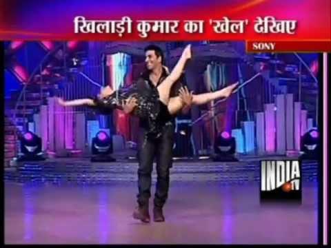 Madhuri Dixit Dance with Akshay Kumar and Rishi Kapoor at Jhalak...