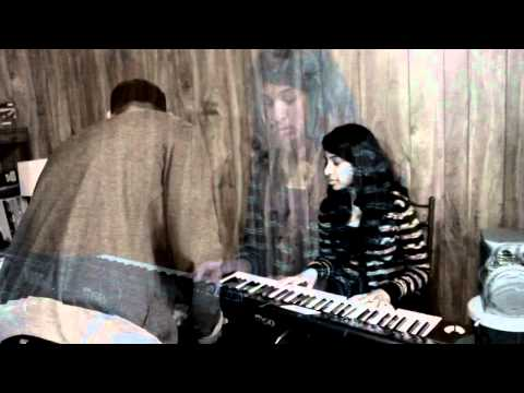 Pookal Pookum Cover - Unplugged Tunes (Thadjenan Kaviyanka Aiswarya...
