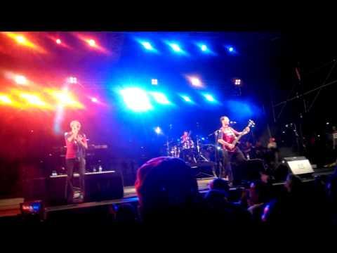 Inno Cagliari: Sikitikis - Cagliari nel cuore (live 4/8/14)