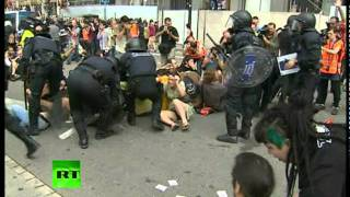 brutal Spain riot police crackdown, over 100 protesters injured  11/27/13