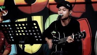 download lagu Akad X Bukti - Cover Pengamen Jalanan Is Vokalis gratis