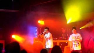 "Mc Jin VLT 828 rap concert 新歌""幫緊你?"""