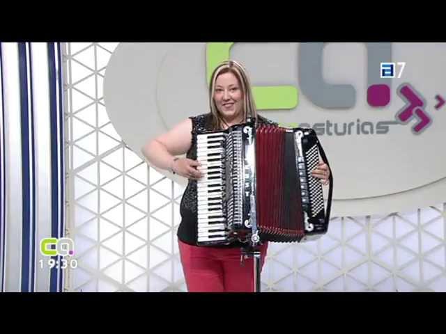 Entrevista Conexión Asturias TPA-09-08-2013-Jessy y su Acordeón-Acordeonista y Vocalista de Asturias