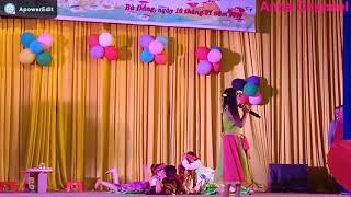 Múa hát bài Cây đa quán dốc do trường MG Sơn ca biểu diễn