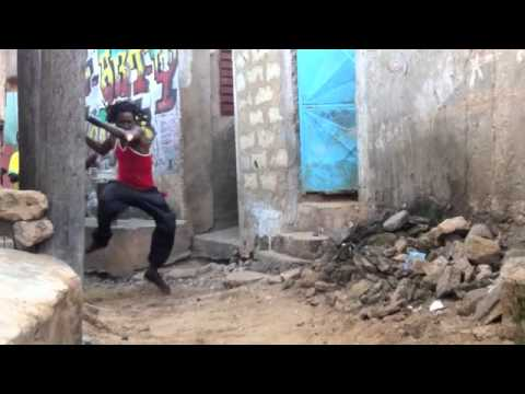 Assane Thiam Sabar Dance
