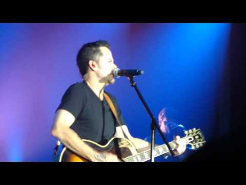 Gary Allan - Kiss Me When Im Down