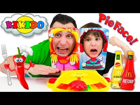 Игрушка B Kids Веселая обезьянка, с колечком 004499B