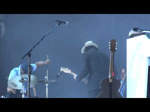 Jack White  Hardest Button to Button Live