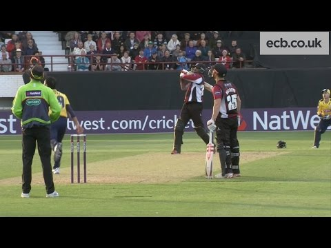 Chris Gayle hits 85 not out v Hampshire - NatWest T20 Blast