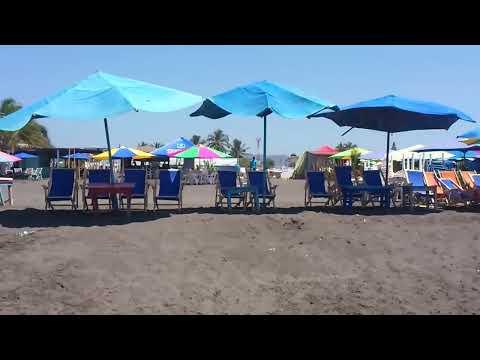 Playa de cuyutlán en colima mexico