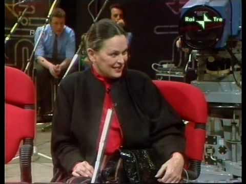 Miguel Bose, Paola y Lucia Bose, y entrevista con L.M. Dominguín a Blitz PARTE I (1981)