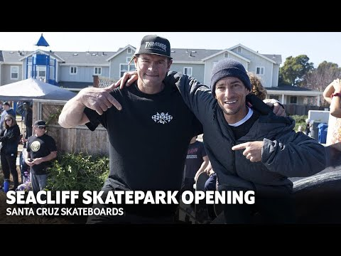 EMAN TEARS THROUGH DREAMLAND'S NEW SKATEPARK w/ MAURIO, KNIBBS + MORE! | Santa Cruz Skateboards