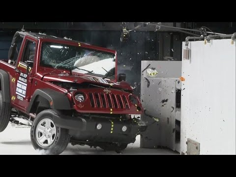 CRASH TESTS Jeep Patriot, Honda CR-V, Mazda CX-5, VW Tiguan, Hyundai Tucson