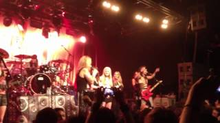 Steel Panther - Tits out for the boys!