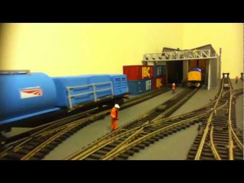 How to make a budget RHTT Rail Head Treatment Train using Hornby Railroad (Review)