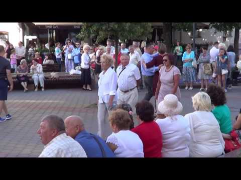 Танцы на улице! Танго! Брест - танцует! Street! Musik! Street dance!