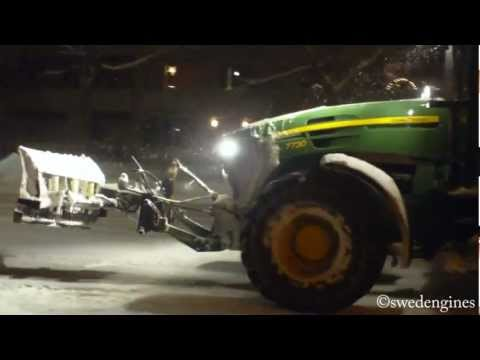 John Deere 7730 Snow removal