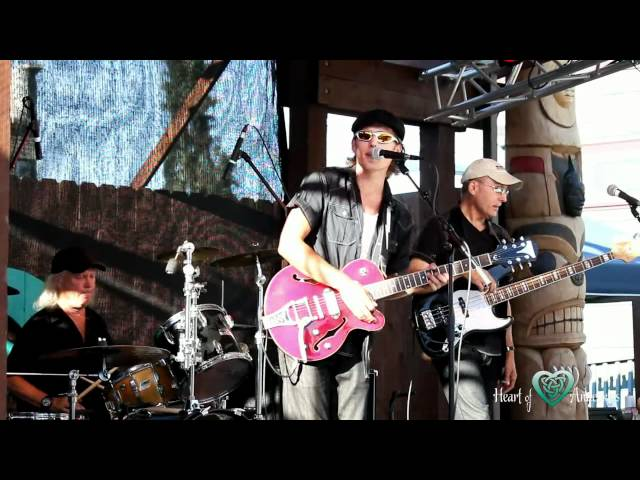 Chris Eger Band (Hall & Oates cover)