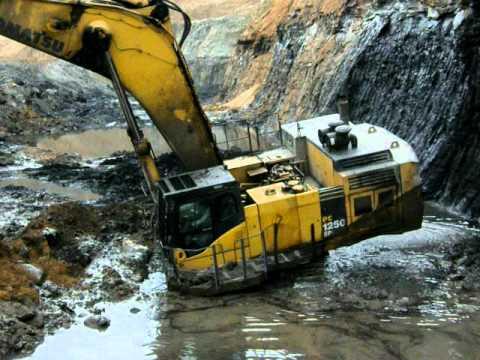 komatsu pc1250 stuck in mining pit youtube
