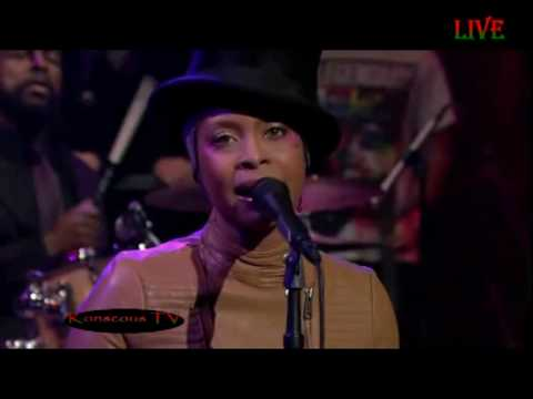 Erykah Badu - Window Seat Live Performance