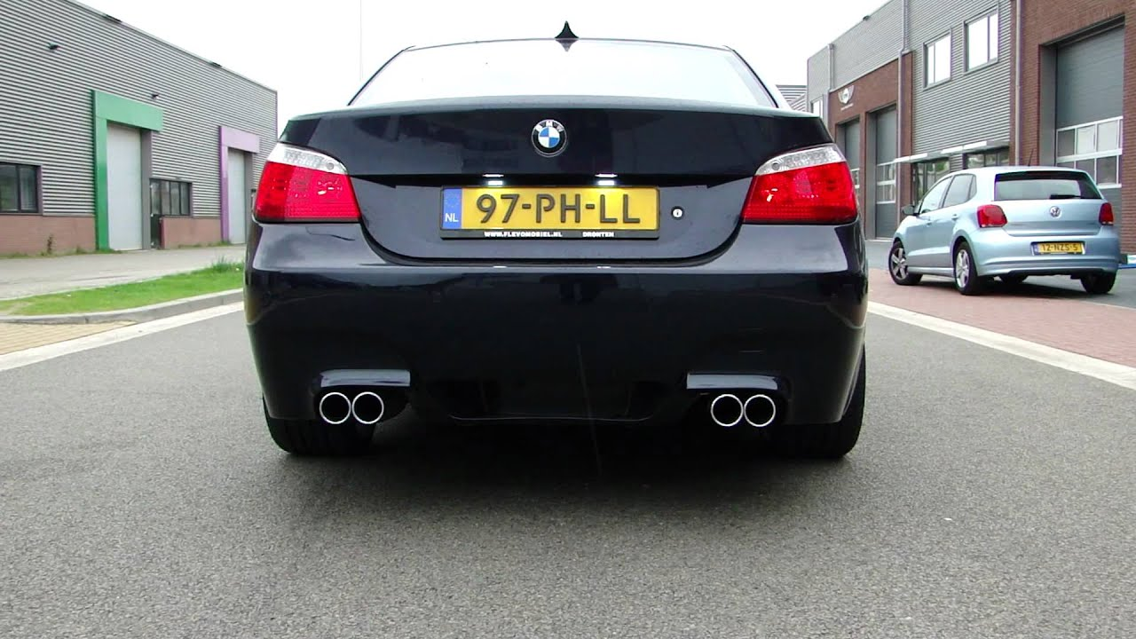 bmw e60 530i duplex exhaust system by maxiperformance youtube. Black Bedroom Furniture Sets. Home Design Ideas