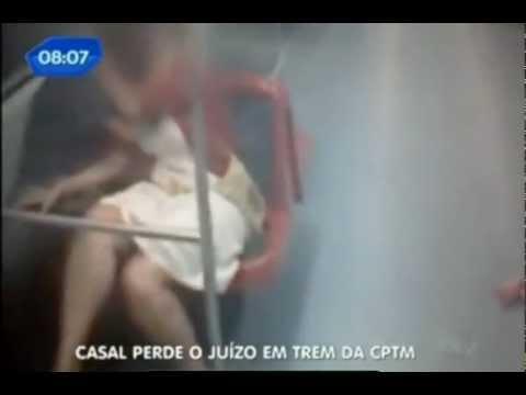 Casal é flagrado fazendo sexo dentro de vagão de trem em SP
