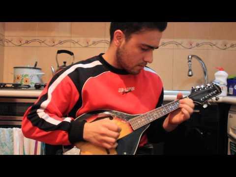 Аварские песни на мандолине , исполняет Ислам
