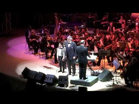 Andrea Bocelli duet with Michael Merlino, Altos de Chavon: AMAPOLA