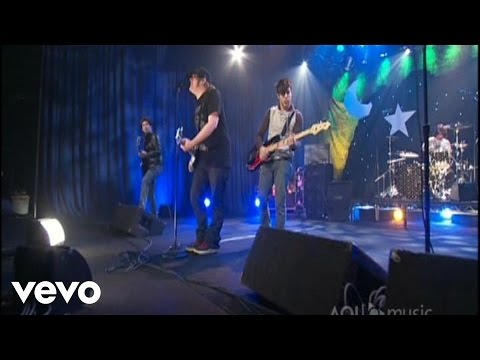 Fall Out Boy - Sugar, We're Goin Down (Live @ AOL Sessions, 2007)