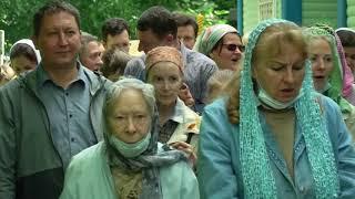 В Петербургском храме на Серафимовском кладбище прошло празднование престольного дня.