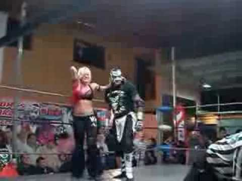 Fenix Y Jennifer Blake Vs Pentagon Jr Y Taya Valkyrie Vs Lolita Y Jack Evans video