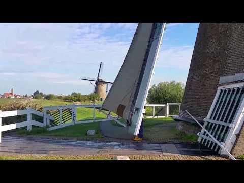 Kinderdijk a tourist guide holland experience
