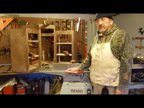Joining Cabinet Panels.WMV